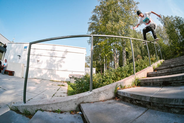 Miki Tähtinen, boardslide. Photo: Samu Karvonen