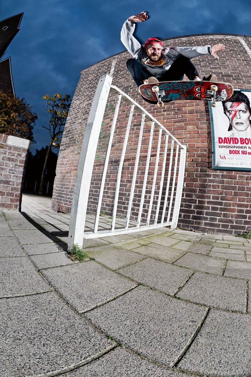 Sebastiaan_Vijverberg_Ollie_Out_Of_Micro_Bump_NotSharpened_AdobeRGB_1421