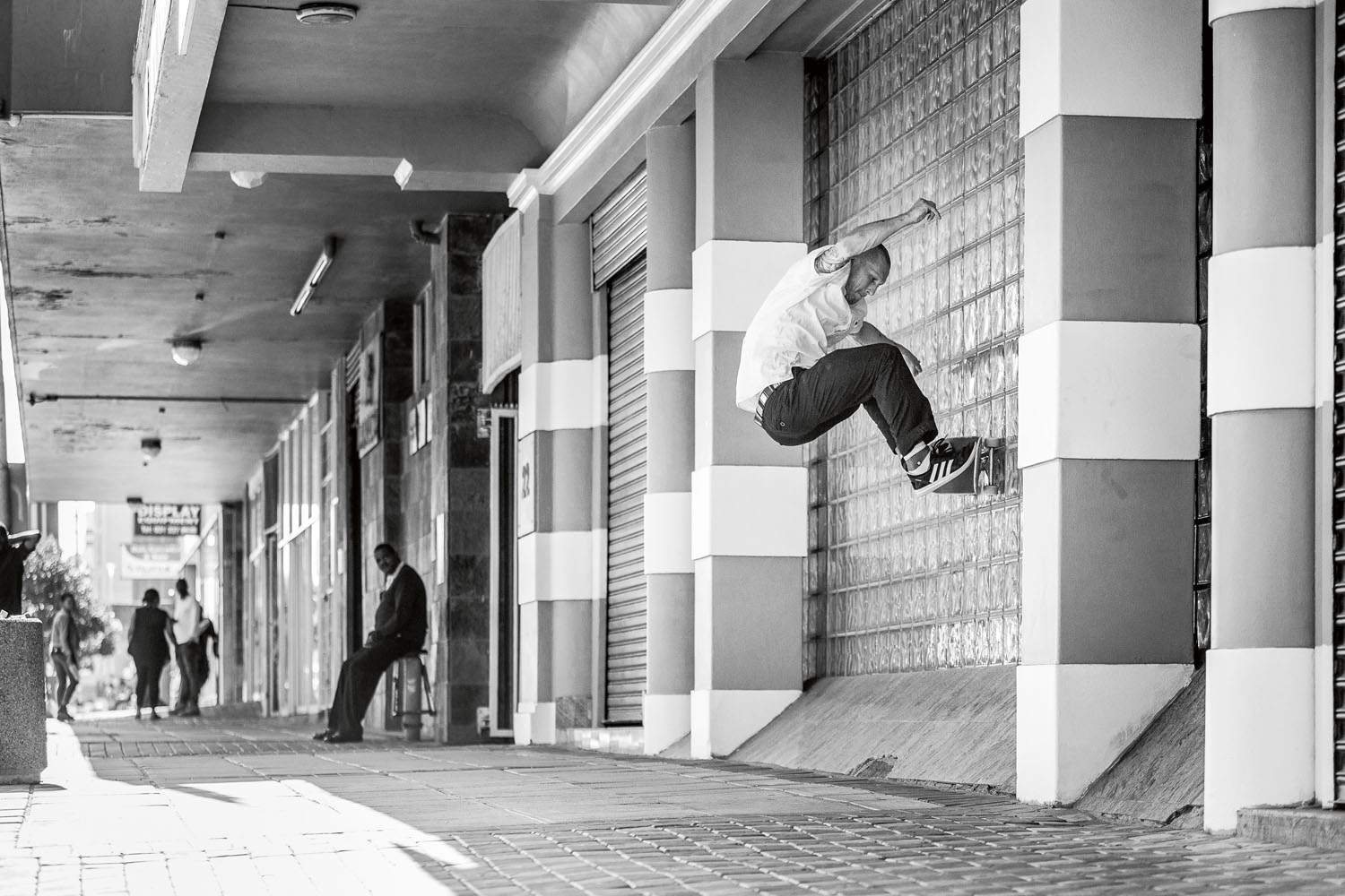 Yann Horowitz_Switch FS Wallride_IMG_1271-2_Photo Sam Clark