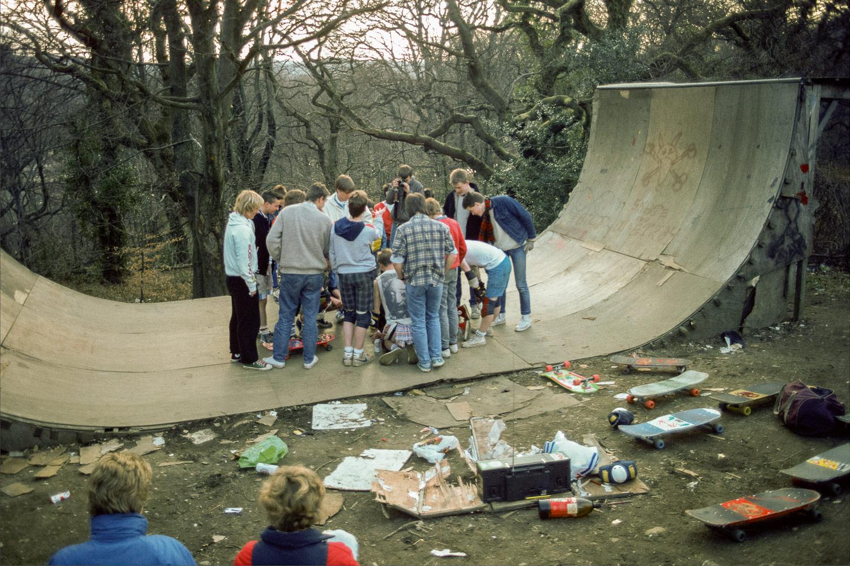 SKIN_PHILLIPS-RYR-2015_17-1985