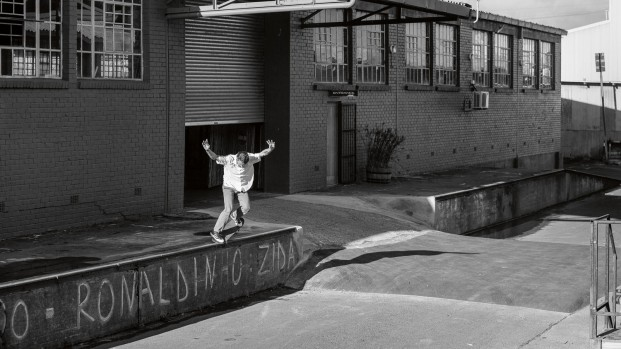 Feat_Shaun-Witherup_Nosegrind-Pop-out_Photo-Sam-Clark