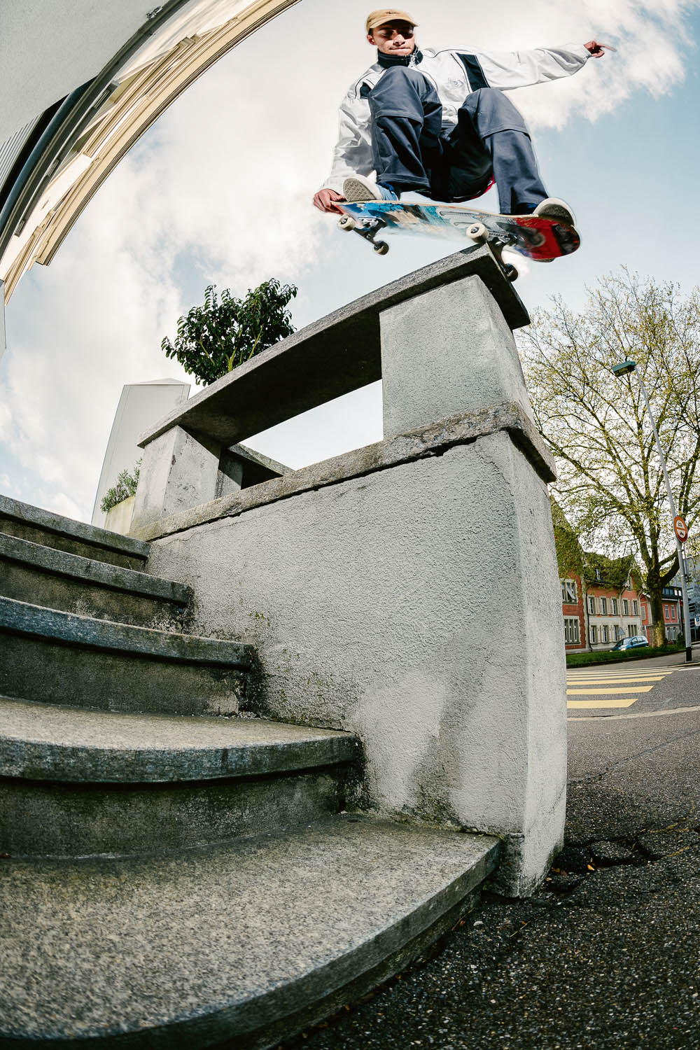Mikey_BsNG-Tailgrab_Aarau_1704